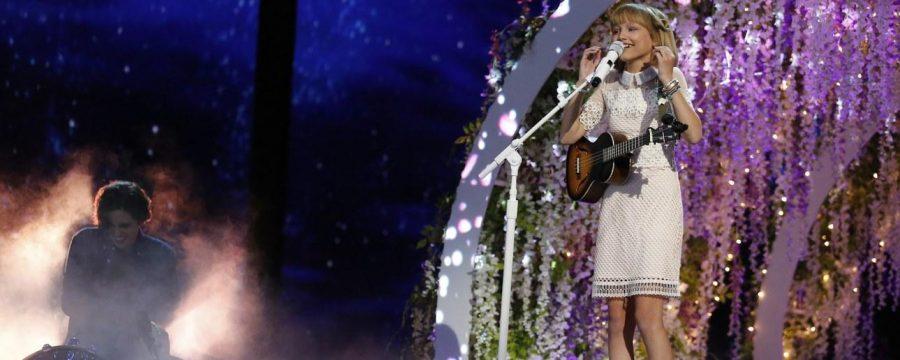 Grace Vanderwaal performs her original song
