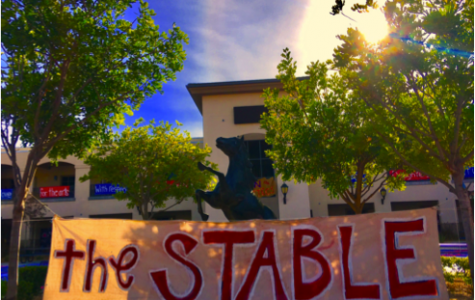 Mustangs decorate the quad for spirit week!