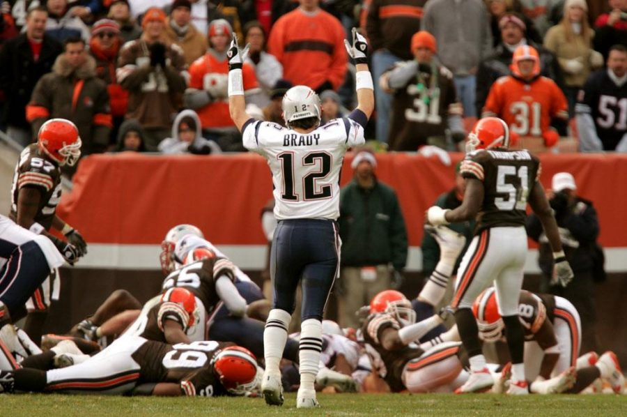 Tom Brady celebrates after completing a touchdown pass against the Cleveland Browns.