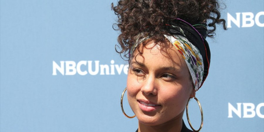 Alicia Keys without makeup.