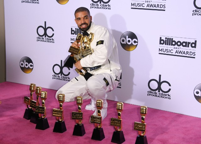 Drake at Billboard awards. Photo Credits: http://www.vibe.com