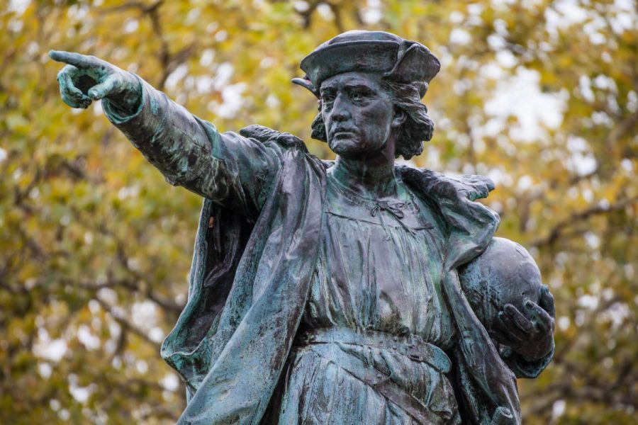 Due+to+the+controversial+view+of+Columbus+Day%2C+efforts+have+been+placed+into+removing+Christopher+Columbus%27+statues.