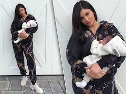 Kyle+Jenner+finally+revealed+that+she+had+a+baby+girl.+Photo+Credit%3A+People