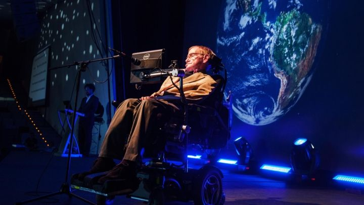 Stephen+Hawking+gives+a+lecture+during+the+Starmus+Festival+on+the+Spanish+Canary+island+of+Tenerife+on+September+23%2C+2014.+