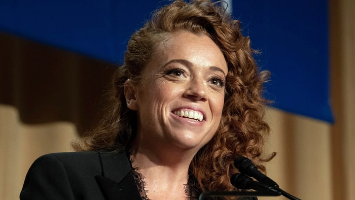 Michelle Wolf receives backlash for her remarks from the 2018 White House Correspondents Dinner.