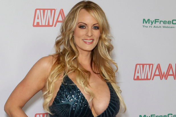 Stormy Daniels and Trump allegedly have had an affair in the past.