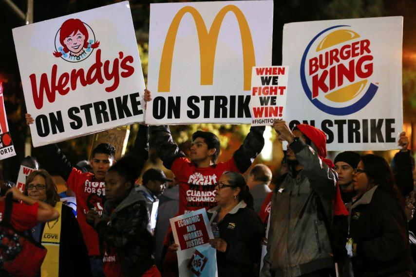Workers+from+various+corporations+rally+in+%0Ahopes+of+raising+the+minimum+wage.