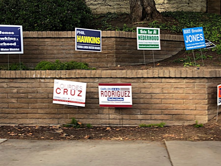 Candidates+post+their+campaigns+all+around+Yorba+Linda+in+preparation+for+Election+Day.
