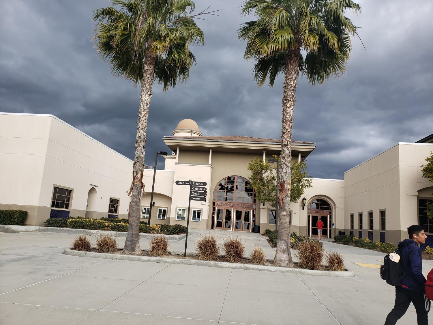 The stormy yet sunny sky in YLHS