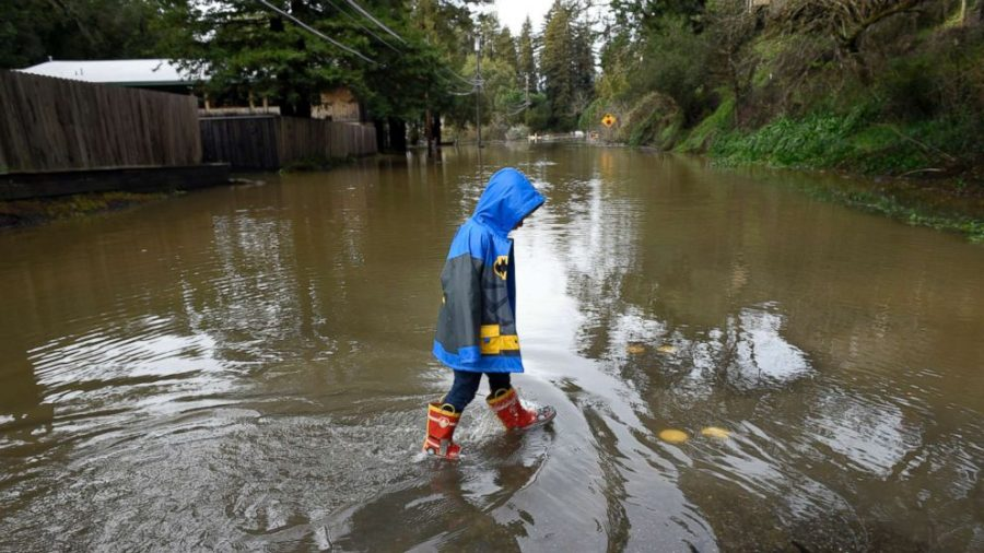 Recent rainy weather in California may be signs of a larger mega-storm.