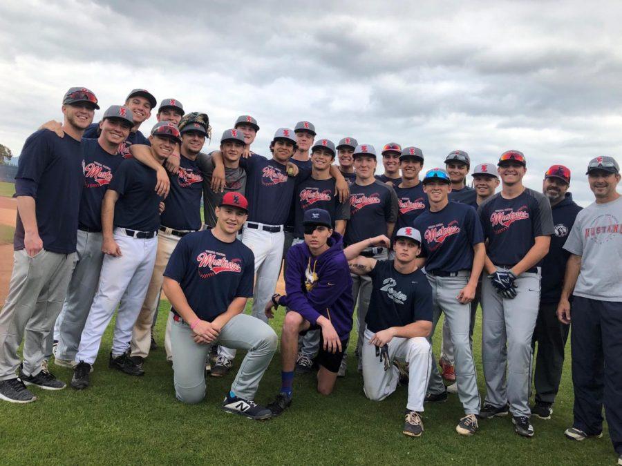 Varisty+baseball+team+all+sharing+a+good+smile.
