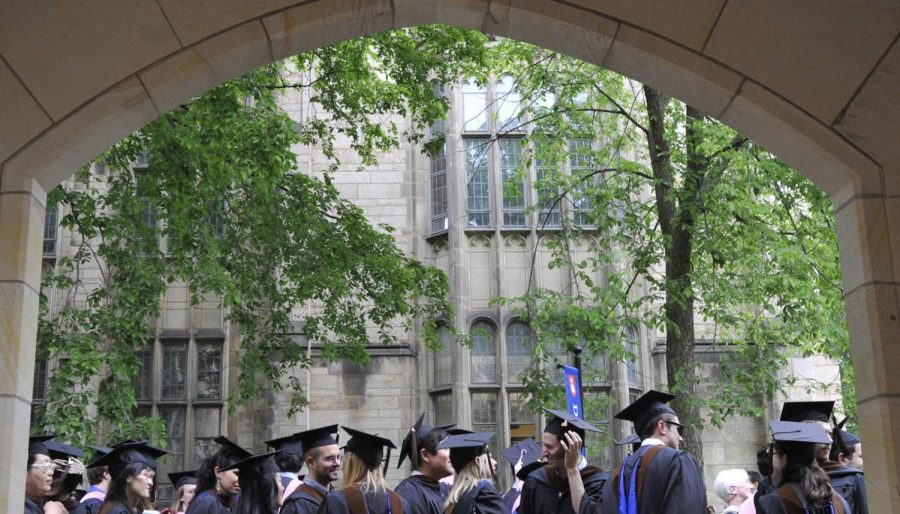 Yale now offers a class that teaches people how to be happy.