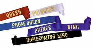 Most times, the title of prom queen and king comes with a tiara and crown, which is a main reason why students want the title.