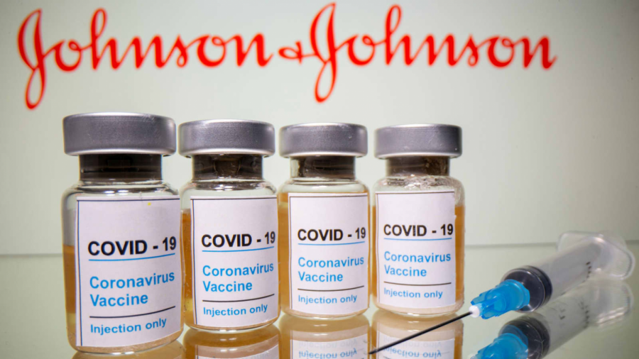 Johnson+and+Johnson%E2%80%99s+Janssen+vaccine+has+been+approved+by+the+FDA+and+is+starting+to+be+administered+to+the+public.%0A