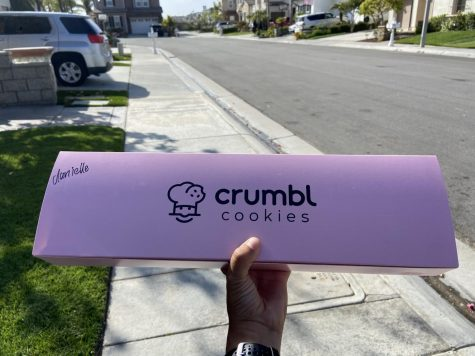 Crumbl Cookies serves a variety of different cookies. There is a Crumbl Cookies in Brea where you can try their popular cookies.