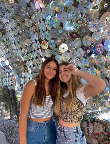 Freshman Cassie Ortiz and Sarah Richey go to the Lab Anti Mall for the first time and they loved all the cool shops and Instagram picture spots.